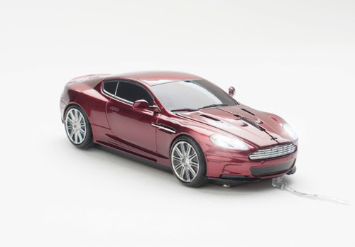 mouse click car aston martin magnum red