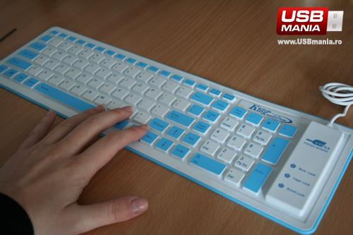tastatura flexibila super subtire